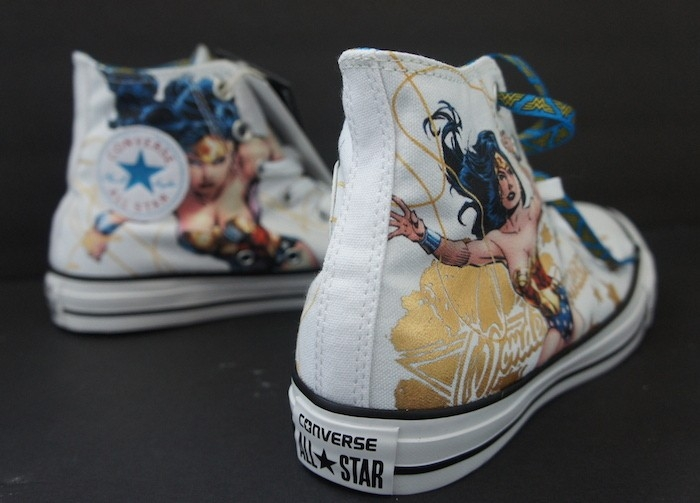 Converse Wonder Woman Sneaker