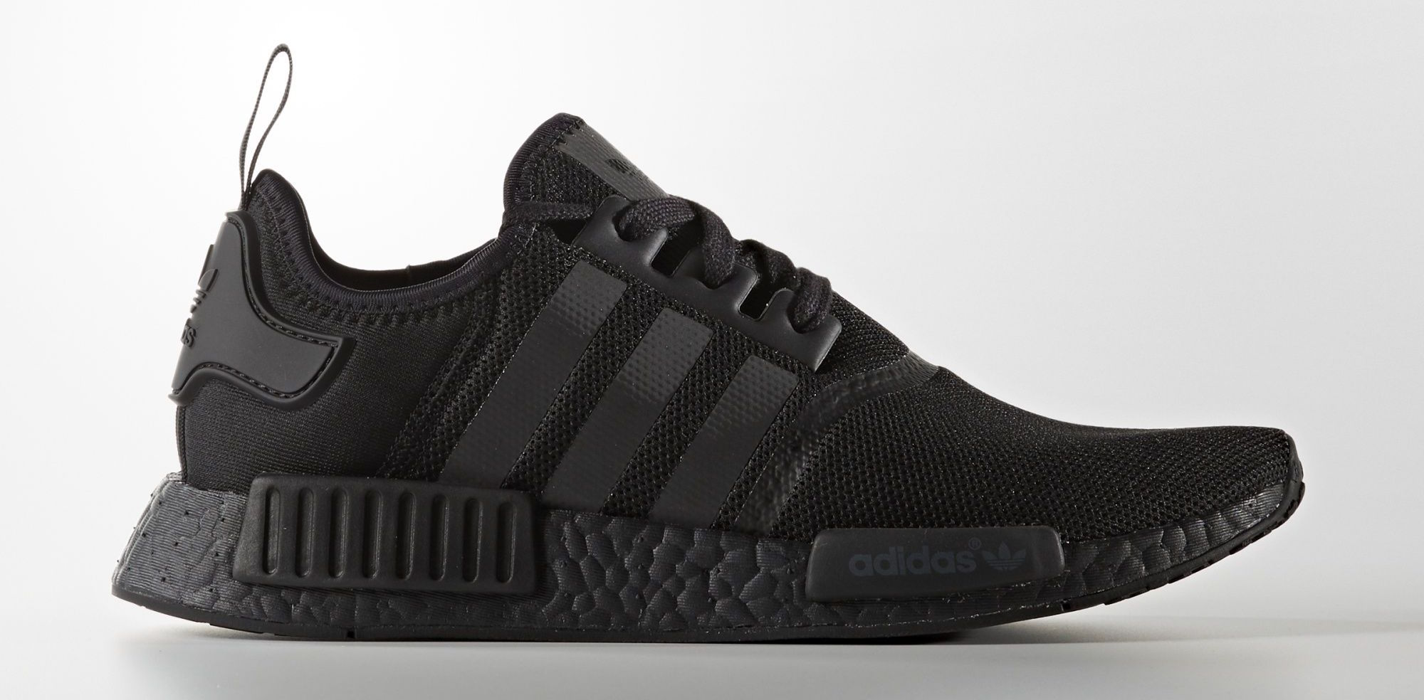 adidas nmd r1 triple core black soleracks. Black Bedroom Furniture Sets. Home Design Ideas