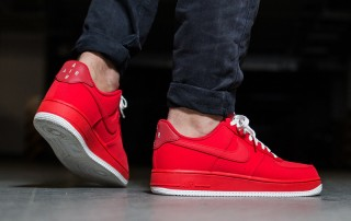 Nike Air Force 1 Low mono red