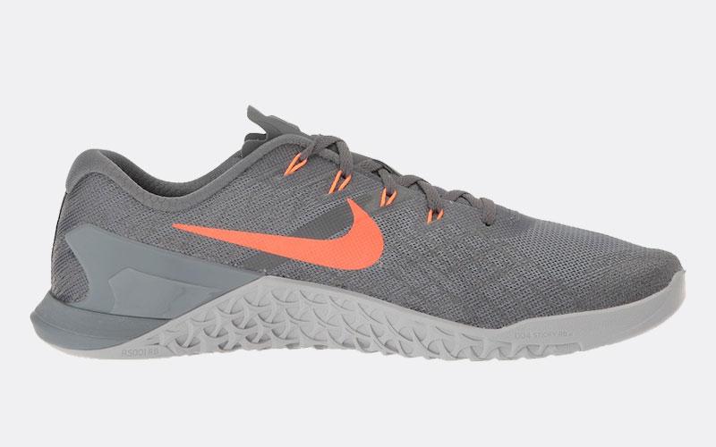 Nike Metcon 3 review side gray orange