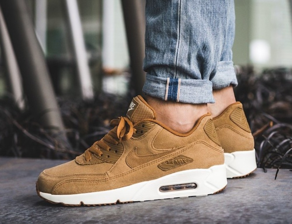 Nike Air Max 90 Ultra 2.0 Flax Sneaker Sale $68 Soleracks