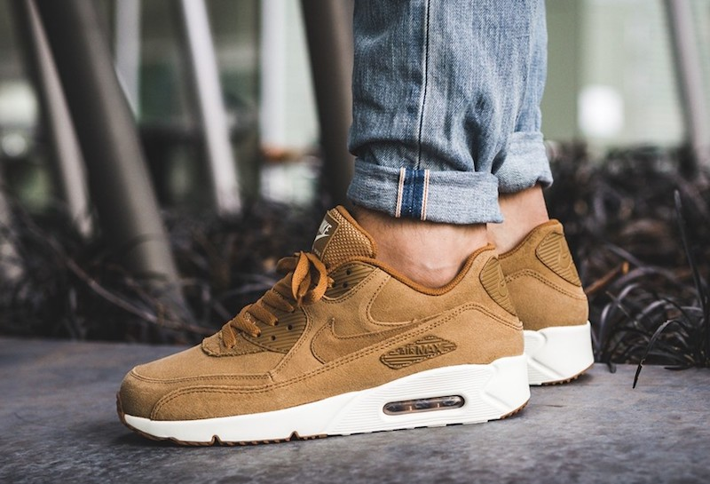 Nike Air Max 90 Flax Sneaker Sale