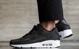 Nike Air Max 90 Ultra Black White