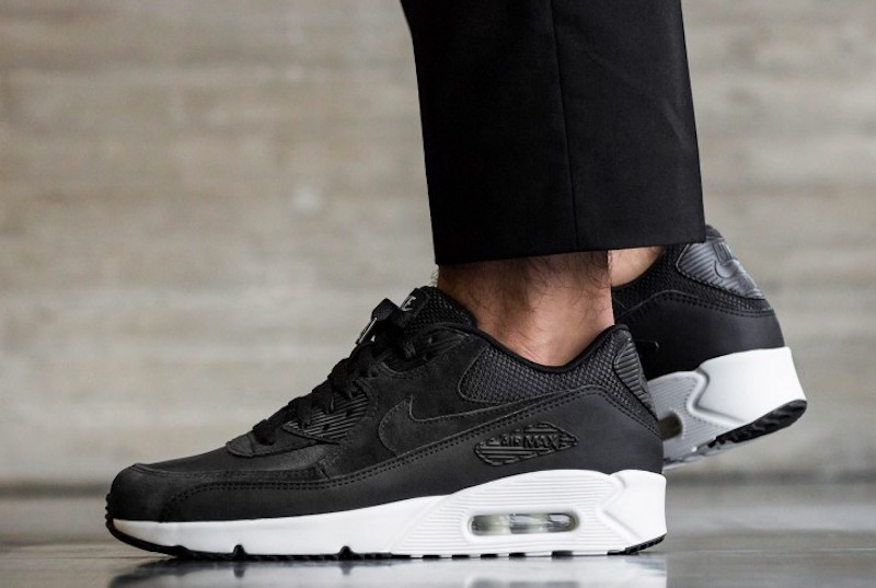 best sneakers 3df5a 5bf11 Nike Air Max 90 Ultra Black White Sale $79.99 - Soleracks