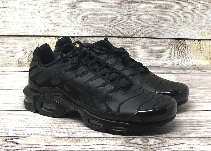 Nike Air Max Plus leather triple black AJ2029 001 1