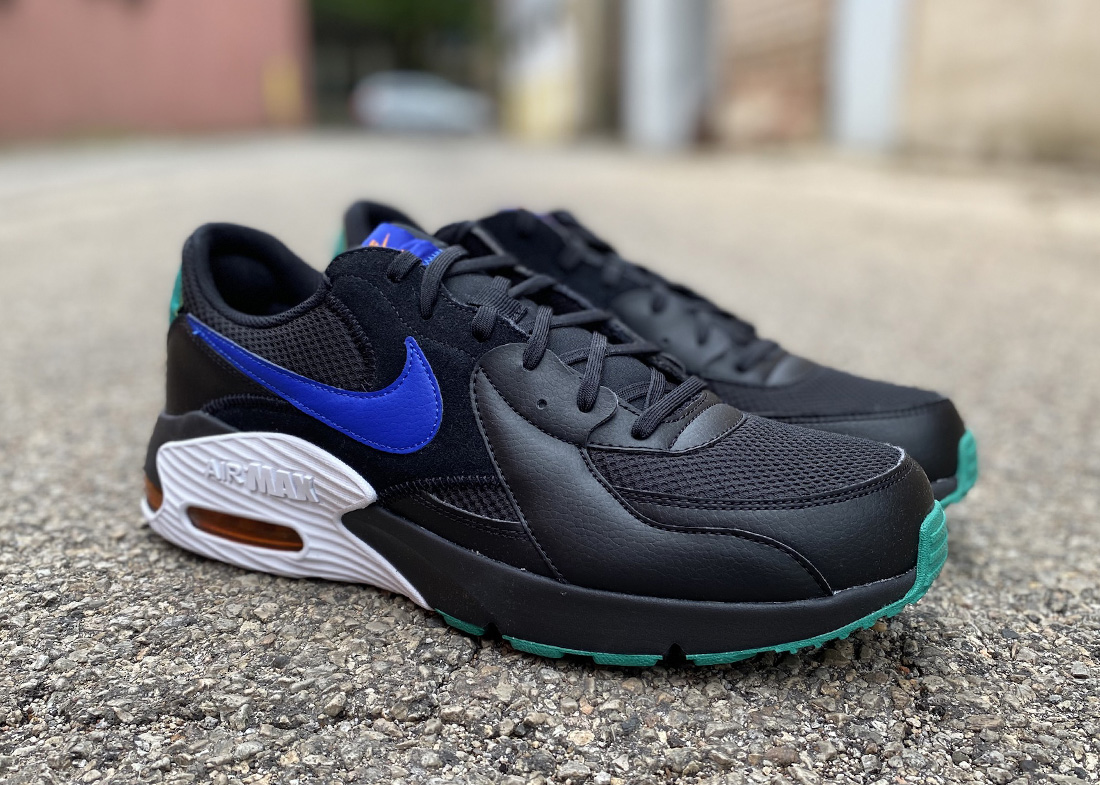 Nike Air Max Excee Review front
