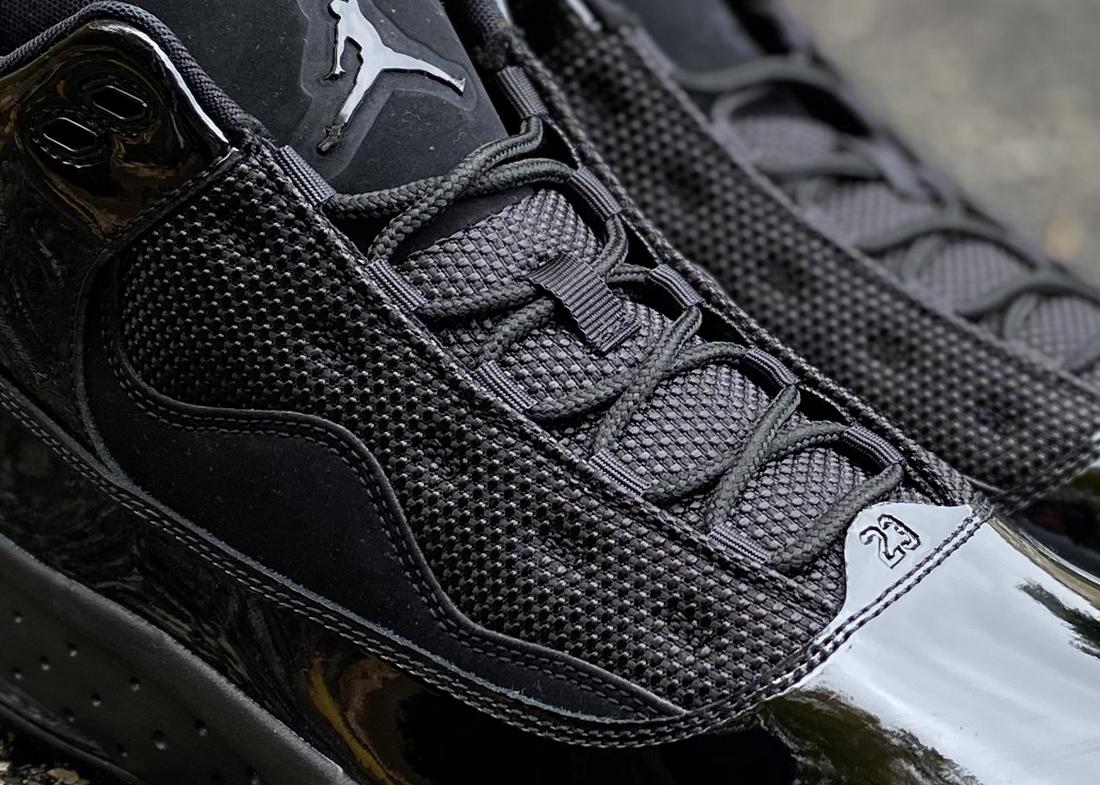 Jordan Aura 2 Black 1