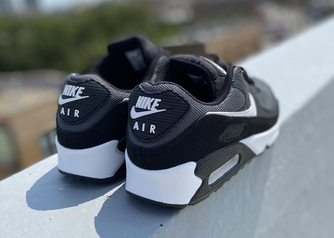 Nike Air Max 90 2020