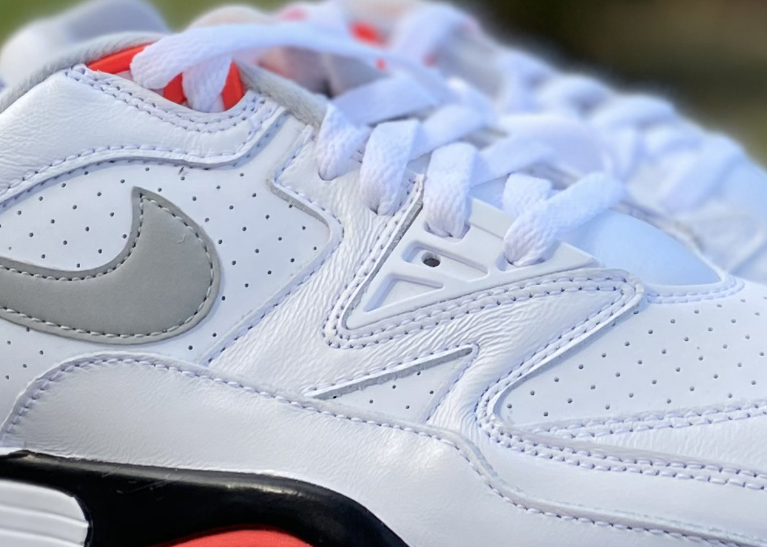 Close Up Nike Air Cross Trainer 3 low