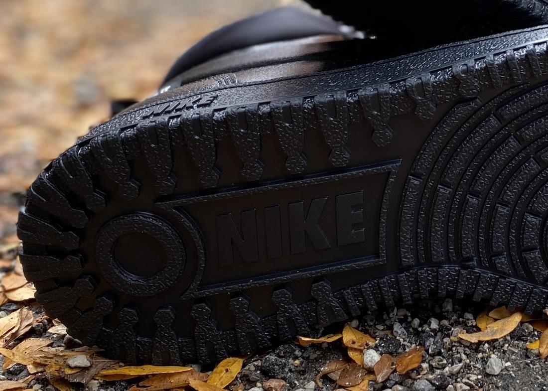 Nike Path Triple Black3