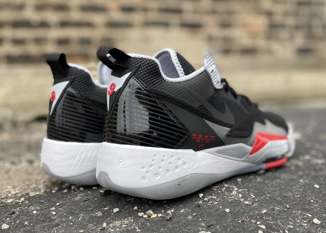 Jordan Zoom 92 black crimson2